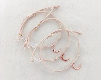 Dainty Moon Chain Bracelet