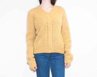 handmade yellow fuzzy cable knit / hand-knit v-neck pullover sweater / size L