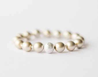 Olive Pearl Bracelet with silver bead and spacers