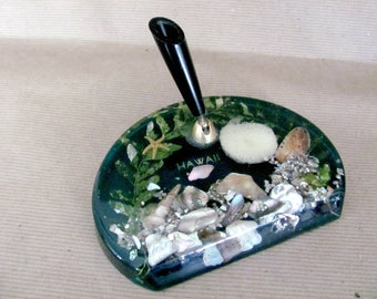 Vintage Pen Holder, 1970's Resin Hawaii Pen Holder, Seashells, Beach, Desk Decor