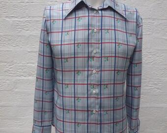 Vintage blouse silk shirt womens fashion clothing silk top 1950s blouse 1960s shirt blue clothes 60s fashion retro vintage Harrods clothing.