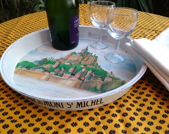 Vintage French Bistrot Tray from Mont Saint Michel Enamel Toleware Restaurant French Café Bistrot tray #sophieladydeparis