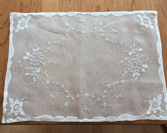 Set of 5 Vintage Hand Embroidered Linen Placemats