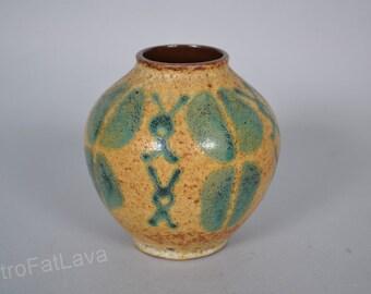 Carstens Tönnieshof German vase -  652-13