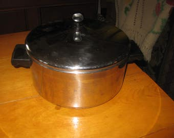 Vtg Faberware 18/10 Stainless Steel 5 quart Dutch oven with lid very clean heavy stainless