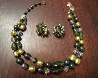 Vendome Necklace and Earrings in Greens