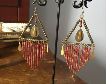 Unique seed beads dangle earrings