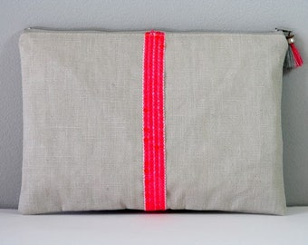 Waxed linen and sequin stripes zippered pouch