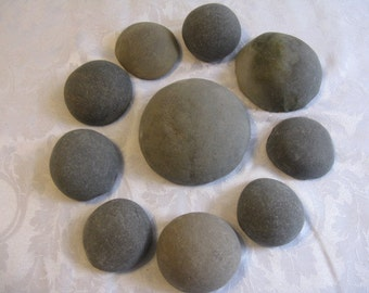"10 Muffin Top Stones, 2.75""- 4.75""  Smooth, Round,Beach Rocks, Painting Stones, Guest Book Alternative,Wedding Stones, Wedding Decor"