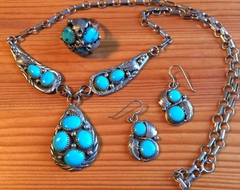 Beautiful sterling and turquoise jewelry set earrings necklace and ring