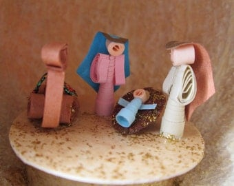 Christmas Nativity Ornament , Nativity Set , Miniature Manger