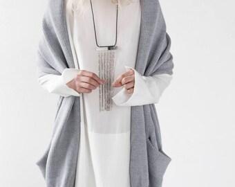 Oversized Sweater, Oversized Vest, Minimalist Sweater, Minimalist Vest, Sweater Vest, Chunky Vest, Loose Fit Vest, Knitted Vest, Knitwear