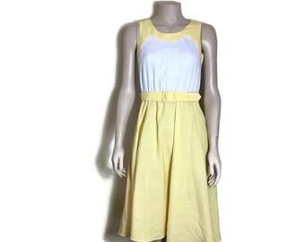 50s style dress // fit and flare dress // prom dress // spring dress // wedding guest vintage dress //  boho tea dress