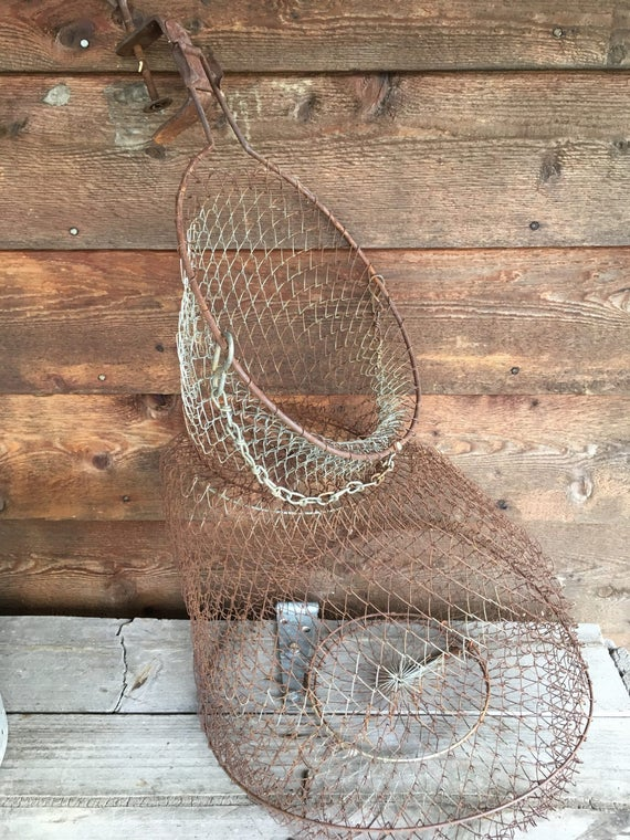 Wire minnow net fishing bait equipment vintage fishermans for Live fish basket