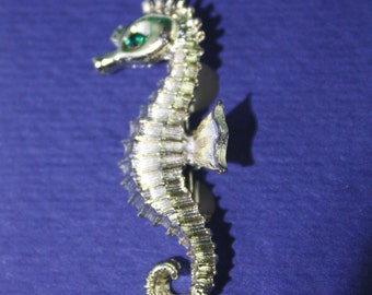 Vintage Gold seahorse Brooch with emerald green eyes.