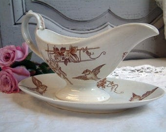 Antique french ironstone brown transferware sauce boat. Brown transferware. Birds. Choisy le Roi. Antique gravy boat.