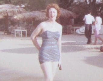 Vintage 1960's Pretty Lady In Bathing Suit At The Beach Snapshot Photo - Free Shipping
