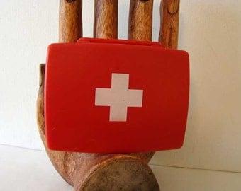 Vintage first aid kit box, first aid box, first aid kit, Plastic first aid kit box, travel first aid box