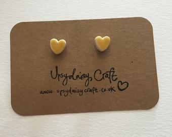Ceramic heart stud earrings - Small - Yellow