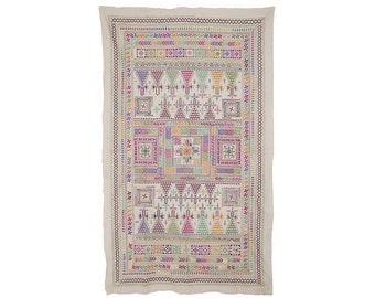VINTAGE TEXTILE - Vintage exquisite table cover with Suf Stitching