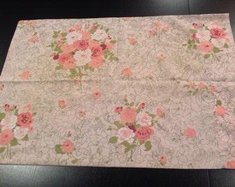 Amazing Vintage Rose Floral & Linear Flower Pillowcase
