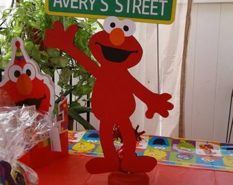 Elmo Centerpiece