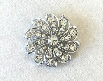 SALE Vintage brooch