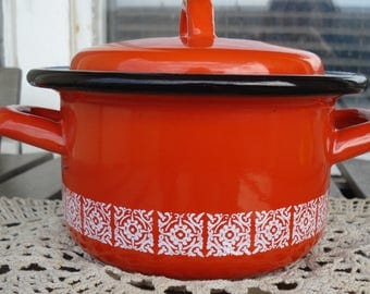 Small Round Red and  White Enamel Pot /Double Handle/Red with White Ornaments Saucepan with a Lid, Retro Kitchen Decor/1980s/Used
