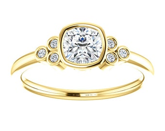 25% OFF Moissanite Antique Square Cut, Diamonds, 14K Gold Ring, Modern Engagement, White, Yellow, or Rose Gold, 18K, Platinum
