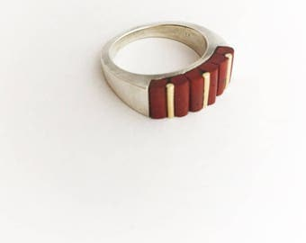 Red jasper gold and silver ring