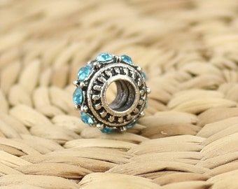 Pandora metal charm•Pandora bracelet charms•Metal pandora charms•Blue Pandora beads•Pandora crystals charm•Light blue crystals•Pandora beads