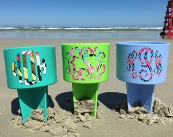 Monogrammed Beach Spiker Drink Holder with Preppy Pattern - Great for wedding parties, beach weekends, family reunions and more!