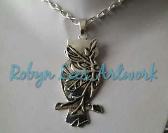 Huge Silver Owl Silhouette with Tree Branch Pattern on Chunky Silver Chain. Costume, Bird, Nature, Statement, Forest, Art Nouveau, Modern