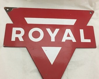Vintage Original 1950's ROYAL Porcelain Pump Plate Sign Gas Oil Automotive Conoco