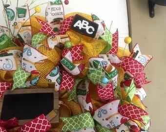 Teacher Wreath. Classroom Decor. Teacher Appreciation Day Gift Idea.