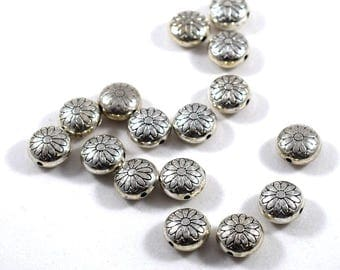 16 Round Puffy Daisy Beads, Metal Beads, Silver Beads, Puffy Beads, 12 mm beads, Flower Beads, Daisy Beads