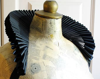 Black Organza Elizabethan Standing Ruff Collar with Satin Edge,Renaissance Historical Costume,Mardis Gras-Custom-Made to Order