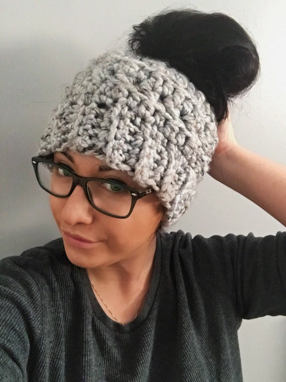 Messy Bun Hat/Crochet bun beanie/Winter Hat/Man Bun Hat/ Crochet ...