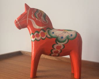 Vintage DALA HORSE hand crafted in wood Dalarna Sweden Dalahäst Scandinavian Decor Ornament Carved Craft Swedish RED