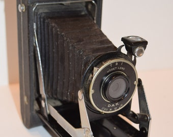 Vintage Kodak Vigilant Six-16 Folding Camera