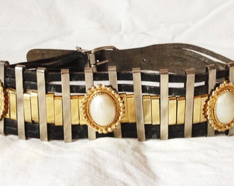 Belt, black leather, gold and silver metal, medallions, 75 to 81 cm (29.5276 to 31.8898 inch) waist.