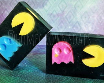 Pac-Man Soap / charcoal soap / glycerin soap / vintage game / gift for him / gift for her / father's day / video game / namco