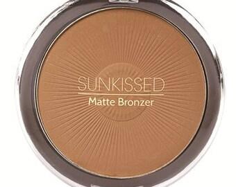Sunkissed Matte Bronzer with brush