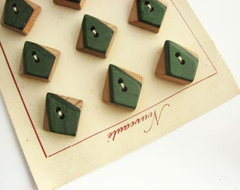 12 buttons, vintage French buttons made of wood, still on the cards! 21 mm - 13/16""
