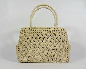Beautiful écru handbag 50s. Hand crocheted cotton. French Vintage bag.