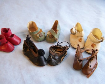Assorted Vintage Doll Shoes (5) pairs  (JC16)