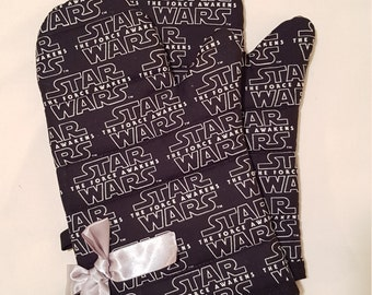 Star Wars Force Awakens Oven Mitts!