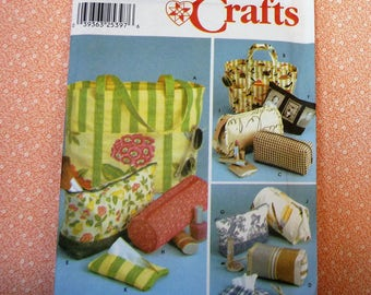 Simplicity Sewing Pattern #9949, Set of Bags and Tissue Cover, UNCUT