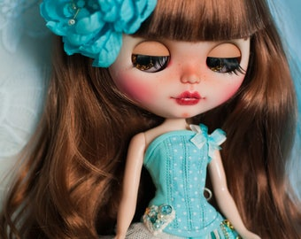 Blue/ivory corset set for Blythe.