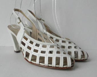 White 70s Vintage Slingback Shoes // Salamander Leather Shoes // Size EU 37 // Made In Western Germany